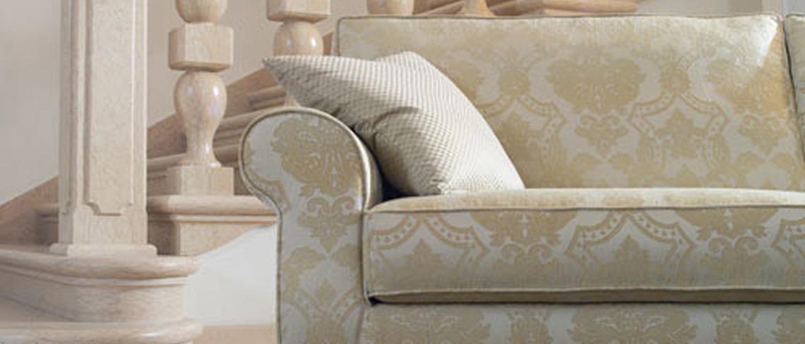 Prodotto dettaglio villa tappezzieri in stoffa e pelle - Divano tessuto damascato ...